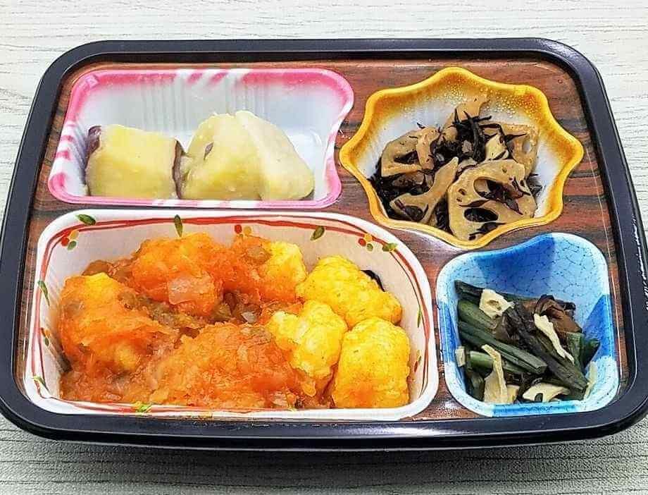 ベルーナ宅菜便・ほほえみ御膳「イカのチリソース炒めセット」