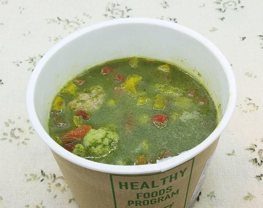 nosh-ナッシュ「国産バジルとほうれん草のグリーンスープ」