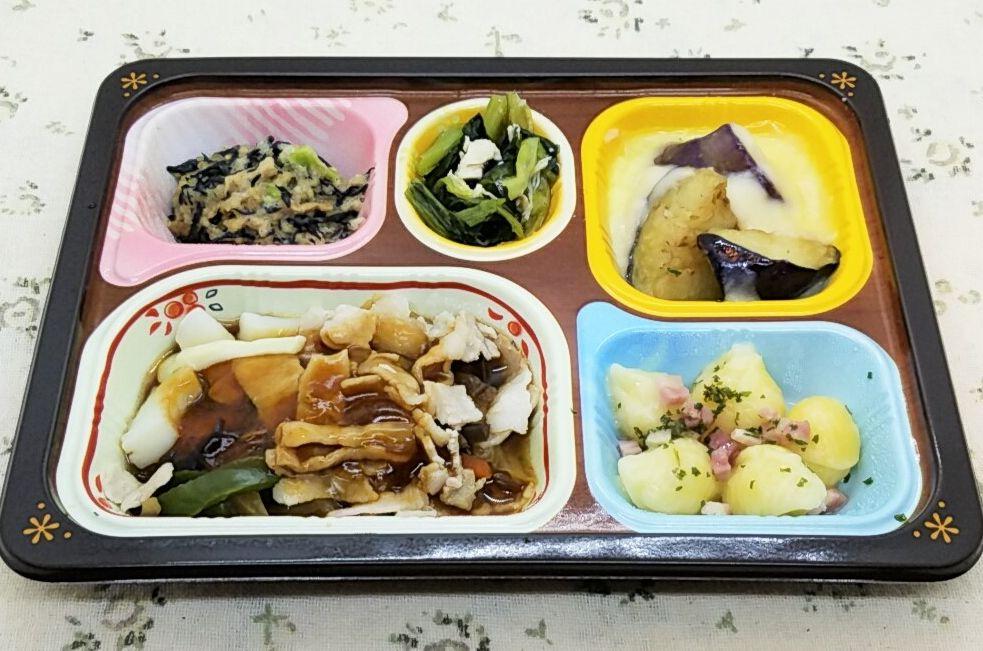 食卓便はまずいのか?・食卓便「いかとたっぷり野菜の炒め煮」