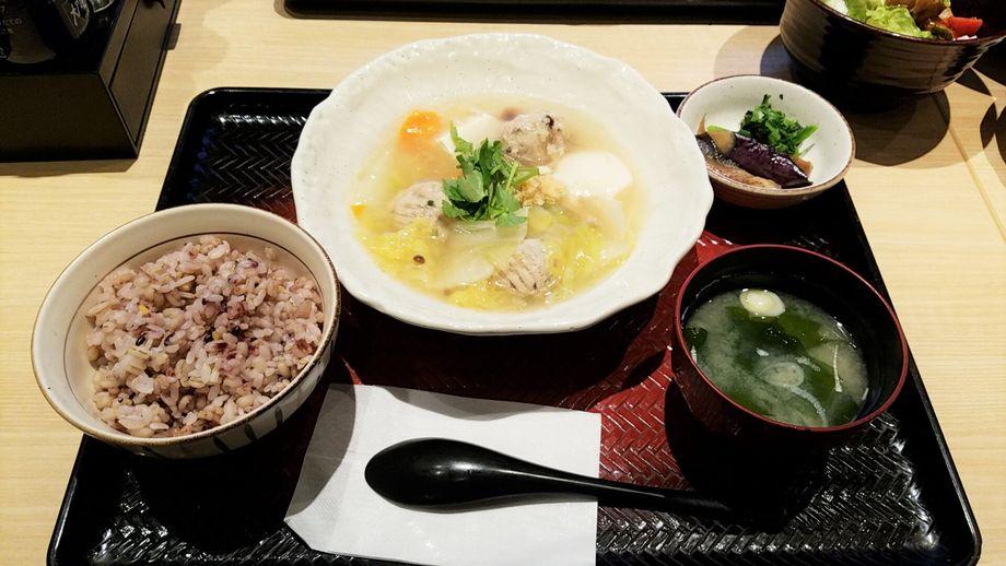 大戸屋「豆腐と肉だんごのトロトロ煮定食」