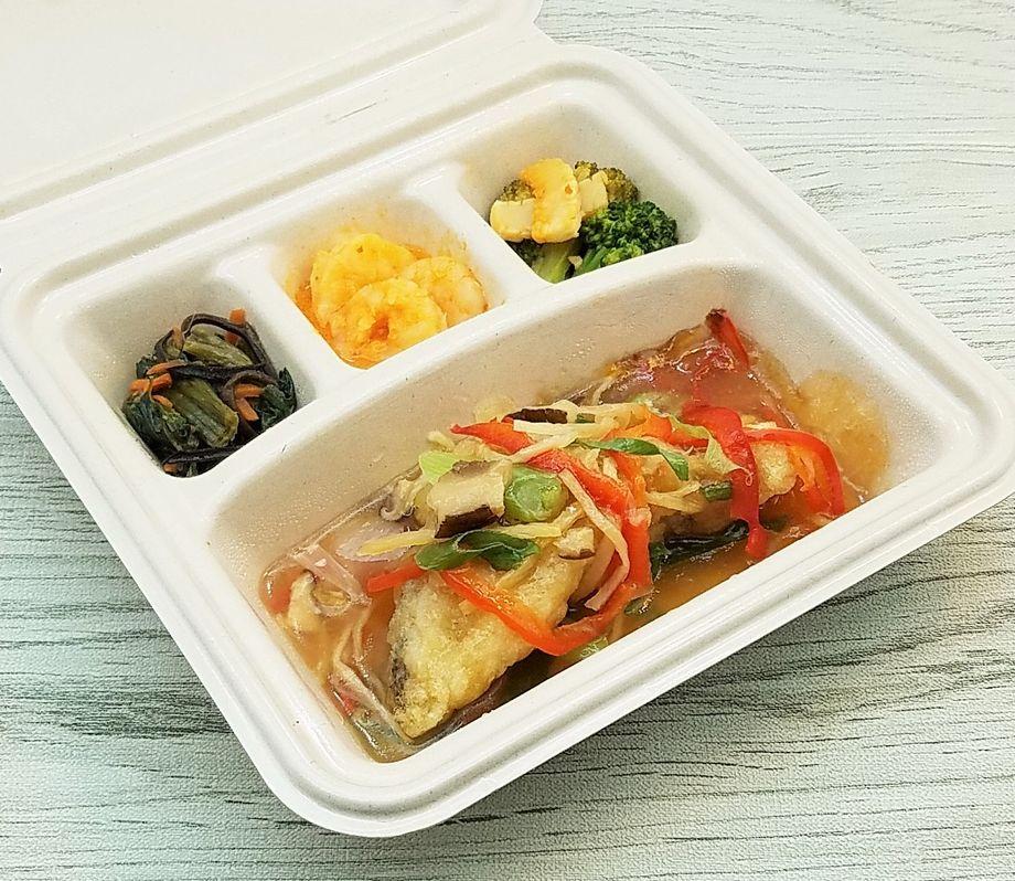 美味しい宅配弁当・nosh-ナッシュ・「白身魚の野菜あんかけ」